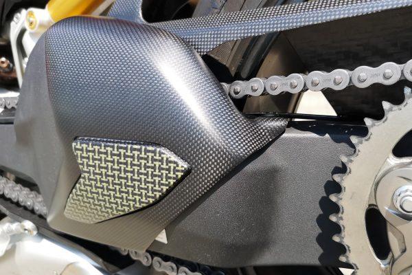 Swingarm cover Ducati Panigale V4 - Carbon/Kevlar